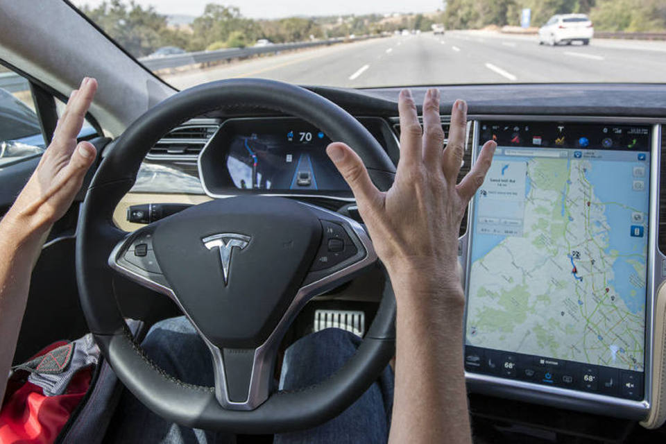 Reino Unido inaugura laboratório de testagem de carros autônomos com 5G
